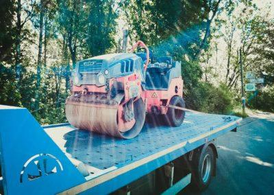 Фиксация дорожного катка на эвакуаторе
